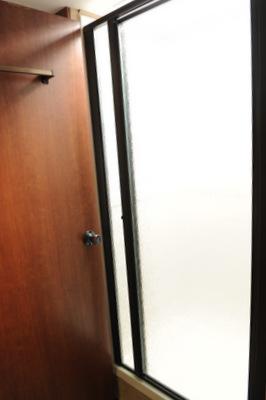 shower400pix32